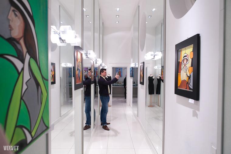 Aki kíváncsi Albert László többi festményére, április végéig megnézheti Budapesten, a Berkai Art Stúdióban