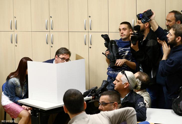 Aleksandar Vučić szavaz
