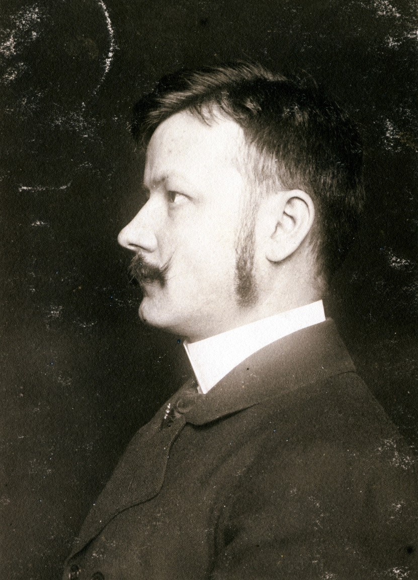Erdőssy Béla, a Mintarajztanoda tanára az 1903-ban postára adott lapon. Székely Bertalan és Lotz Károly tanítványa csak szabadidejében festett.