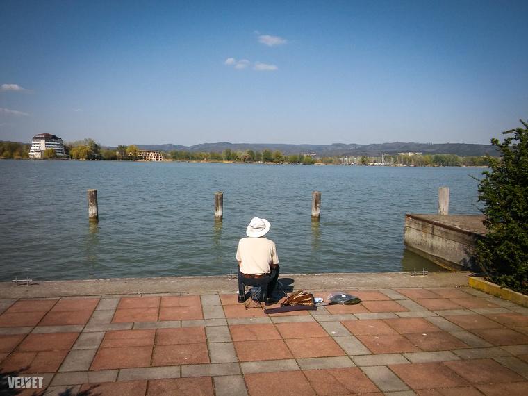 Strandolás helyett is számtalan dolgot lehet csinálni Keszthelyen.Például horgászni