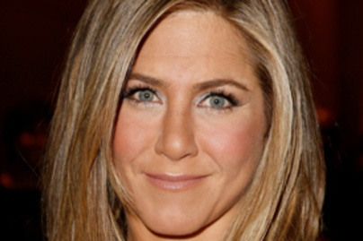 jennifer aniston toronto lead2