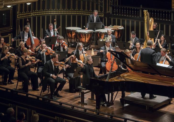 Bertrand de Billy, Pascal Rogé és a Orchestre de Chambre de Lausanne
