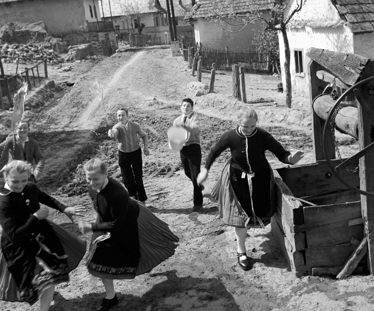 4. MTI Rácz János-1960-Hollókő