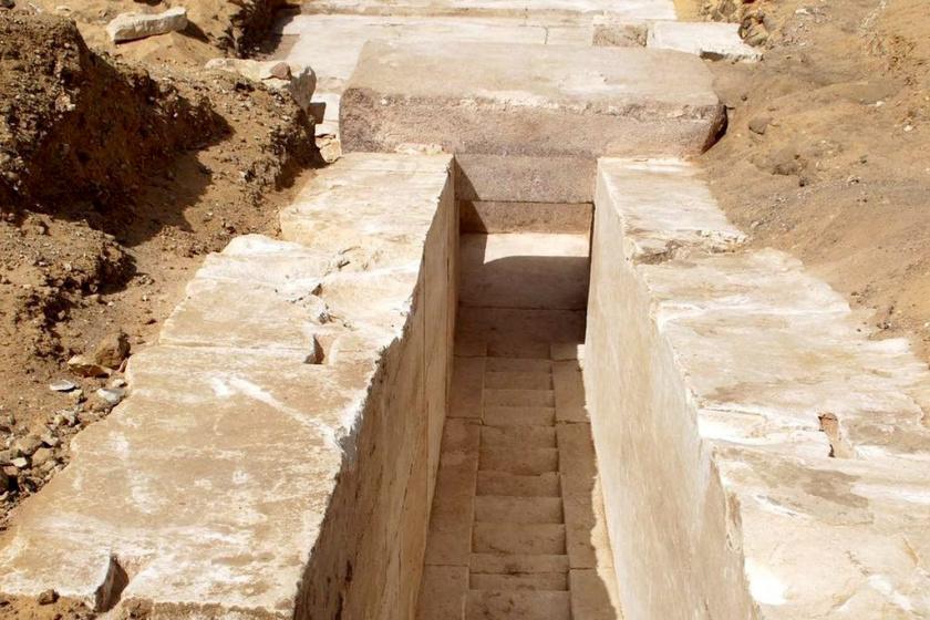 piramis-folyoso