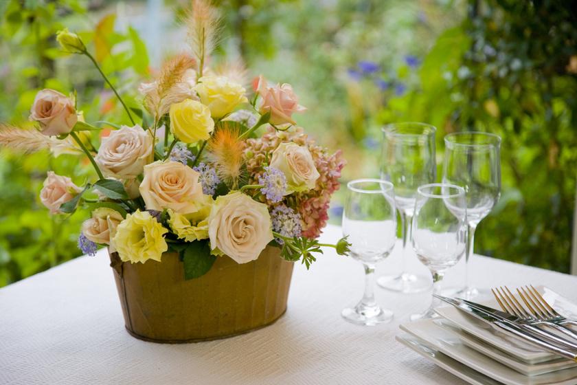Ehhez nem kell virágkötő: csodaszép tavaszi csokrok, amik illatossá teszik a lakást