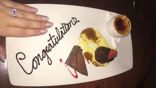 Egy szelet csokitortáért eljátszottak egy lánykérést