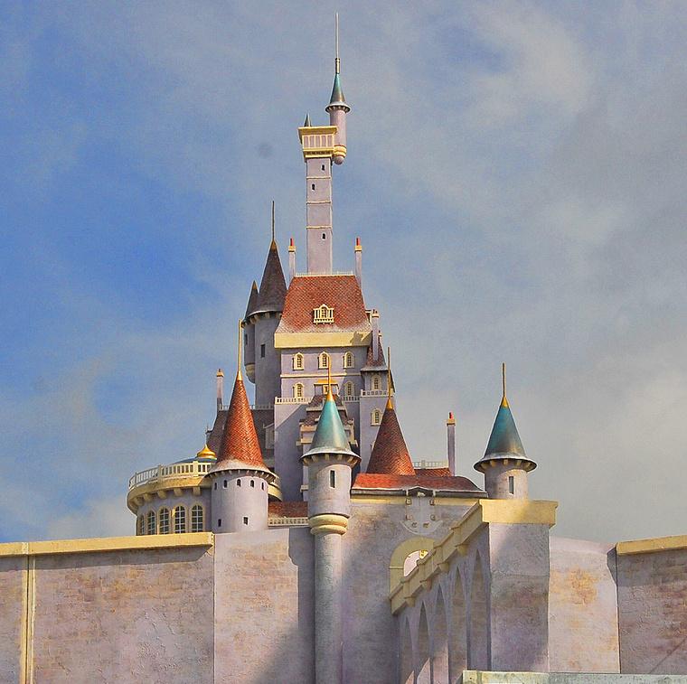 A Szépség és a szörnyeteg kastélya.