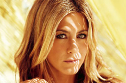 lead jennifer aniston