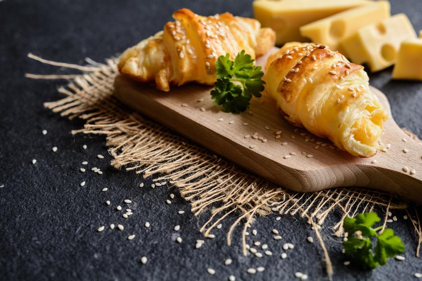 sajtos-croissant-recept
