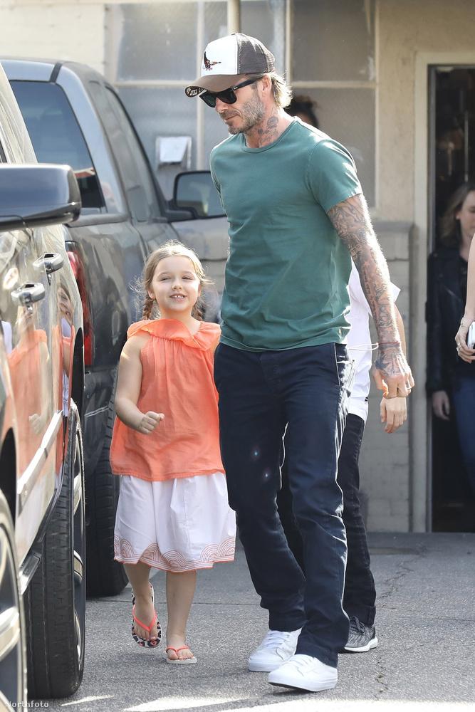 David Beckham kislányával, a tündéri Harperrel és az énekléssel is próbálkozó fiával, Cruzzal töltött együtt egy boldog délutánt Bevelry Hillsen.