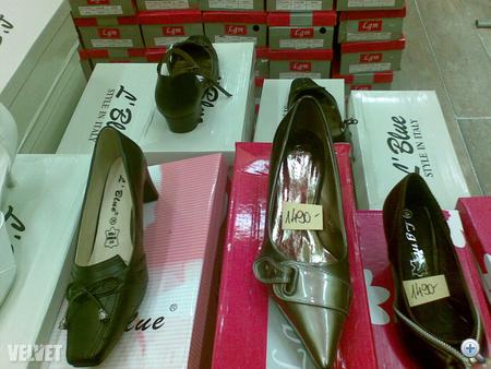 Velvet - Trend - Teszt  megtaláltuk az egy pont híján tökéletes cipőboltot 9183e67e6a