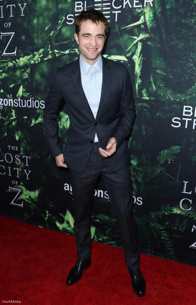 Rob Pattinson újra randizni