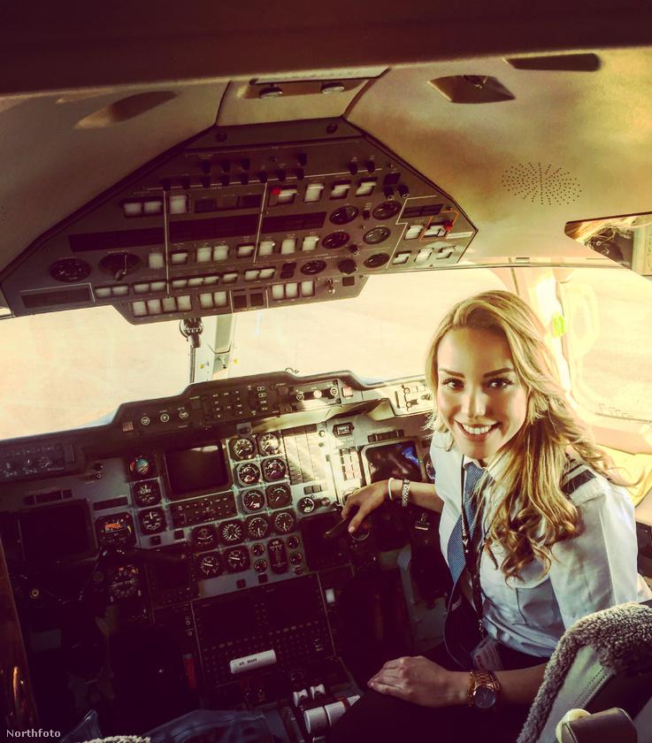 A 30 éves pilótanő története már csak azért is érdekes, mert 21 éves koráig legfeljebb távolról látott repülőt, melynek következtében hazáját sem hagyta el.
