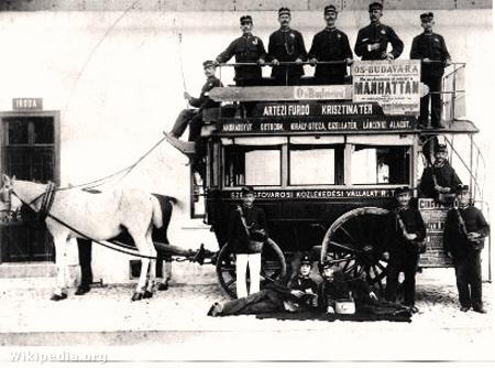 A Székesfővárosi Közlekedési Rt. omnibuszkalauzai 1896-banFotó: Legújabbkori Történeti Múzeum