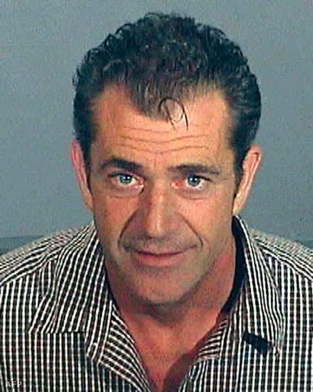 Mel Gibson egy korábbi rendőrségi fényképe: 2006-ban ittas vezetés miatt vették őrizetbe