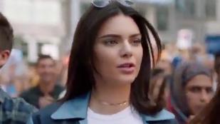 Máris viccet csináltak Kendall Jenner botrányos reklámjából