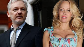 Pamela Anderson meglátogatta Julian Assange-t a börtönben