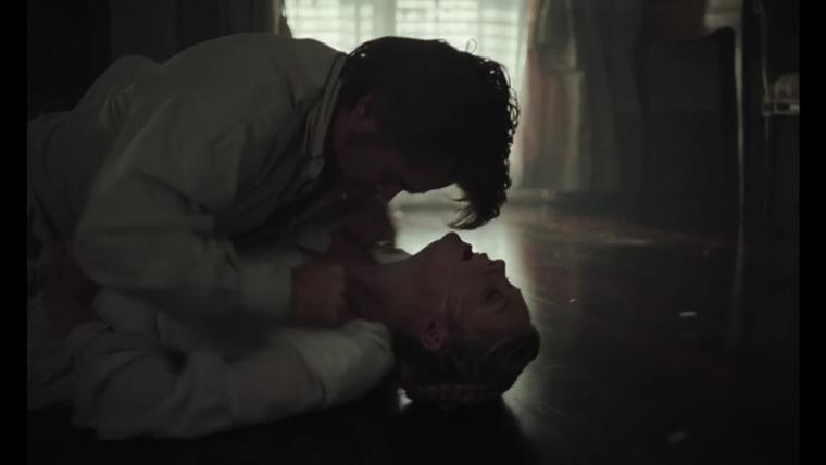 Az egyik szexjelenet a Csábítás című filmben.