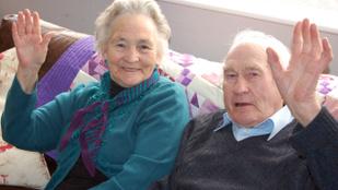 4 perc különbséggel halt meg egy 71 éve házas pár