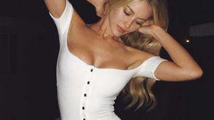 Jennifer Lawrence exe láthatóan nagyon boldog Playboy-modell barátnőjével