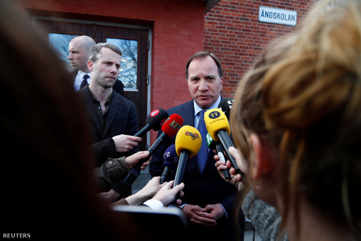 Stefan Löfven miniszterelnök az mondta, hogy megtámadták Svédországot. Minden terrorcselekményre utal.