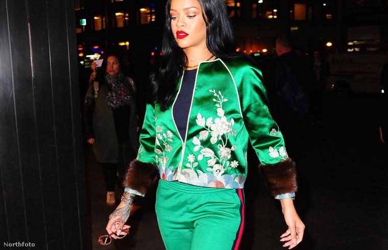 Rihanna melegítőben!