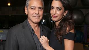 Luxusnyaralással kárpótolták szomszédaikat Clooneyék