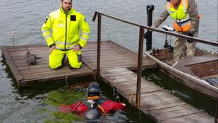 Csónakjával borult a vízbe a horgász, aki belefulladt egy bányatóba