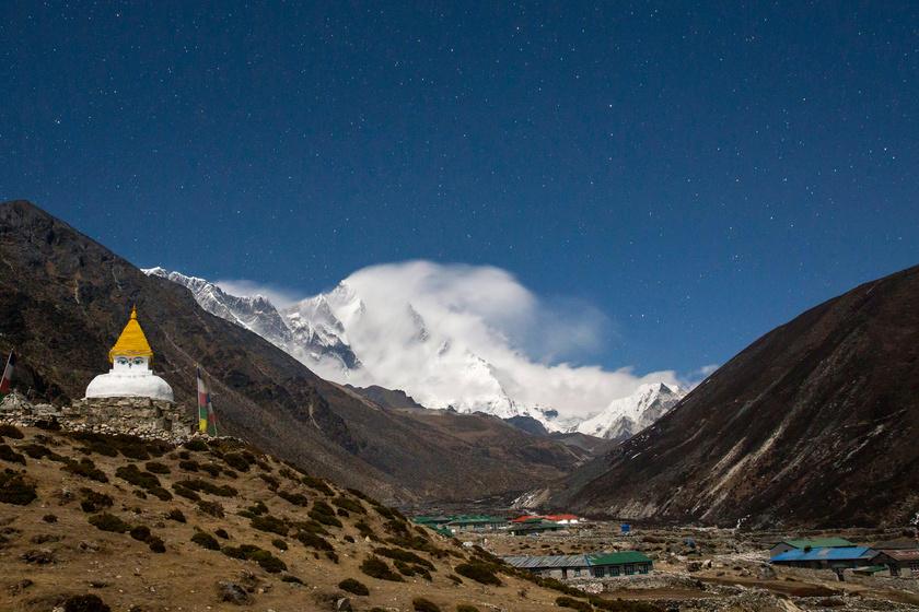 Dingboche, az Everest-alaptábor felé vezető túra utolsó nagyobb települése