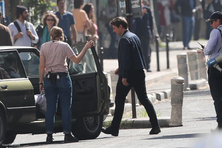 Tom Cruise levegőben való akrobatikázásra viszont még legalább egy évet kell várnia, a filmet ugyanis csak 2018-ban mutatják be.Legyen türelemmel!