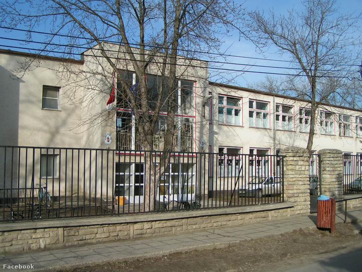 A Klapka György Általános Iskola és Alapfokú Művészetoktatási Intézmény Isaszegen