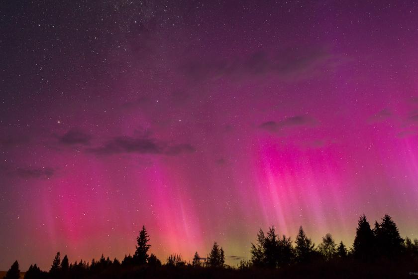 Az északi fény általában zöldes, a déli inkább vöröses