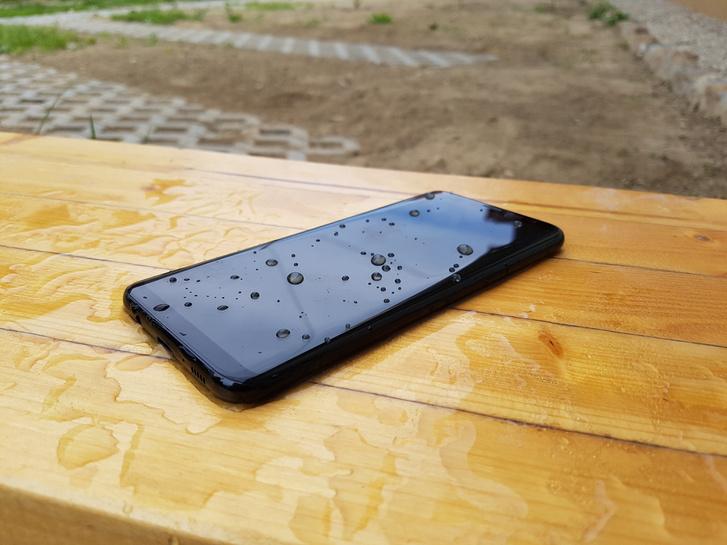A Galaxy S8 is vízálló
