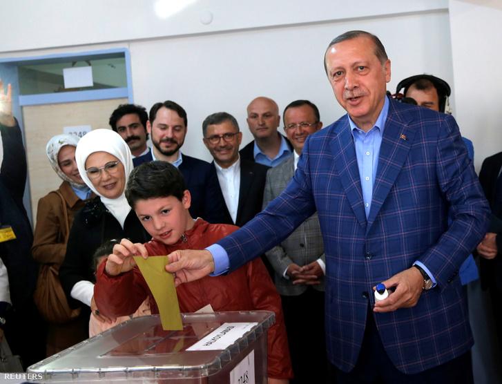 Erdoğan az autokráciára szavaz