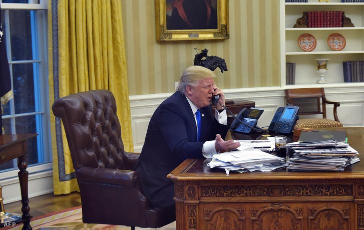 Trump egyik első elnöki telefonhívása a megválasztása után.
