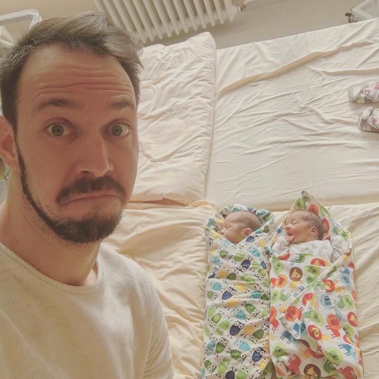 Vicces Instagram oldalt indított az egykori megasztáros, Bálint Ádám, akinek februárban születtek meg ikrei: Benjámin és Johanna