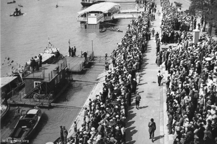 A Haditengerészet Emlékművének avatása 1937. október 10-én