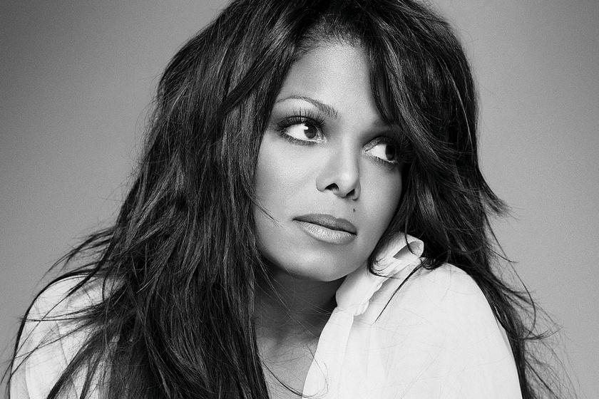 Rá sem lehet ismerni Janet Jacksonra - Teljesen szétplasztikáztatta az arcát