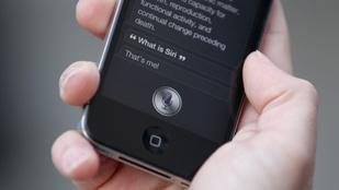 Így fog kihalni az emberiség: ennyien szexelnének a telefonjukkal