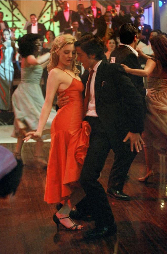 romola-garai-dirty-dancing-kover-nagy