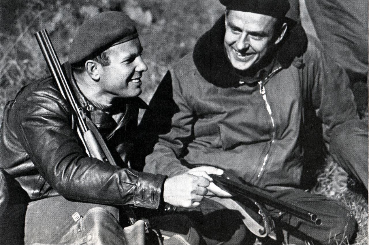 Gagarin és Komarov vadászat közben.