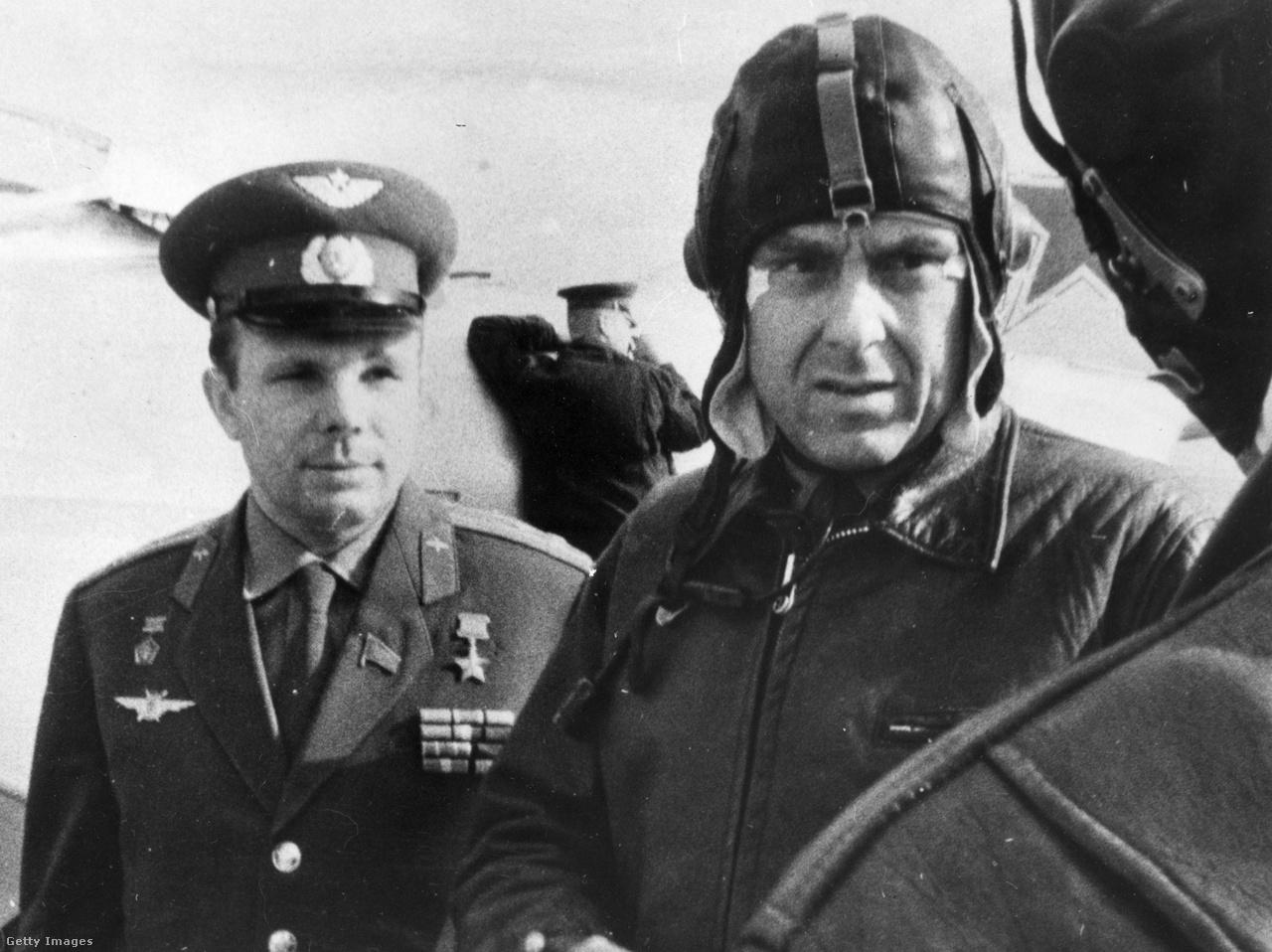 1964: Jurij Gagarin és Komarov.