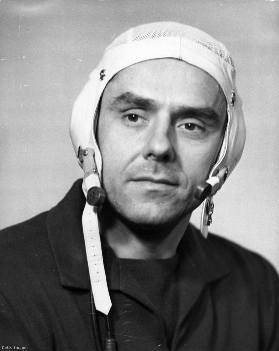 1964: a szovjet légierő pilótája.