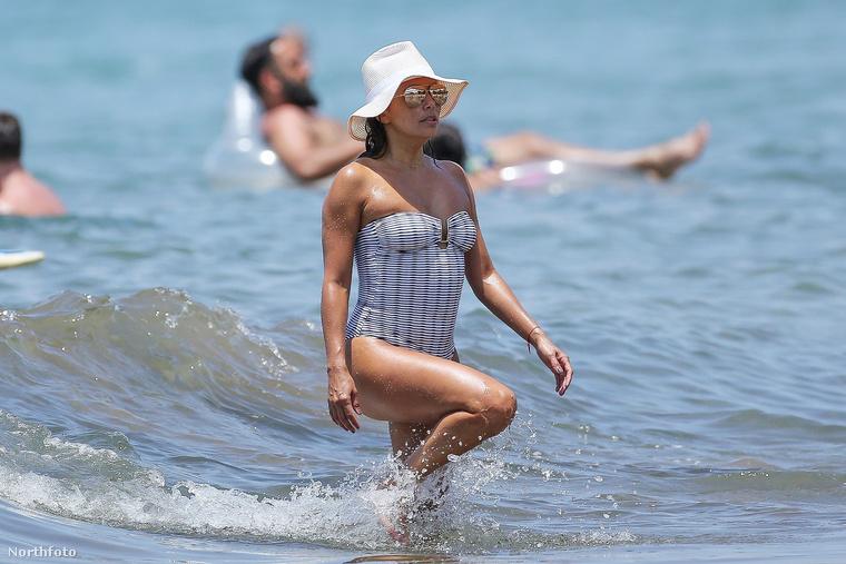 A paparazzóknak hála, újra megbizonyosodhatunk róla, hogy Eva Longoria kitűnő formában van