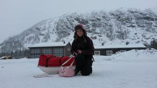 Jegesmedvék között teszteli tűrőképességét az Antarktiszra készülő magyar lány