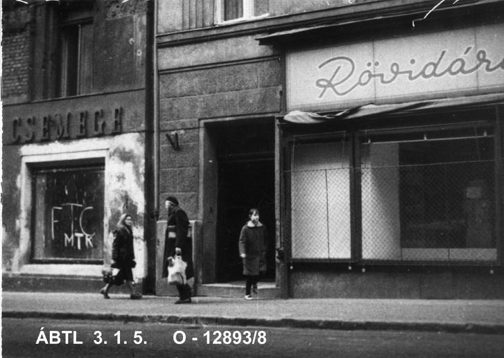 konspiralok-1966 apr