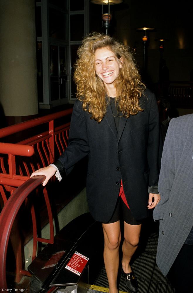 Kezdésnek ugorjunk is nagyot! A kép szerint 1989-ben járunk, a 21 éves színésznő ekkor még csupán két éve kezdte a szakmát, mégis elég volt mindössze egy évet várnia, hogy életében először Oscar-ra jelöljék