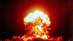 Írja be a naptárba! 2017 májusa és októbere között lesz a 3. világháború