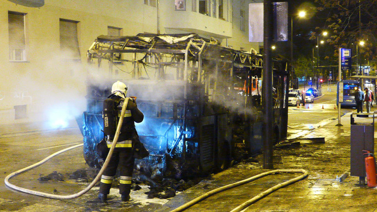 A Széll Kálmán téren néhány napja lángba borult egy autóbusz
