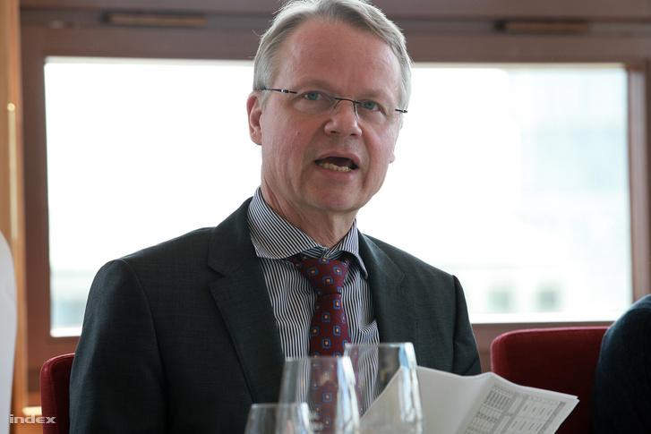 A német kormány migrációért és menekültügyért felelős vezetője, Philipp Schauer
